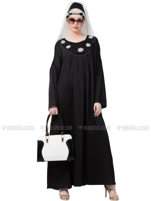Satin scallop yoke bohemian casual Abaya In Black