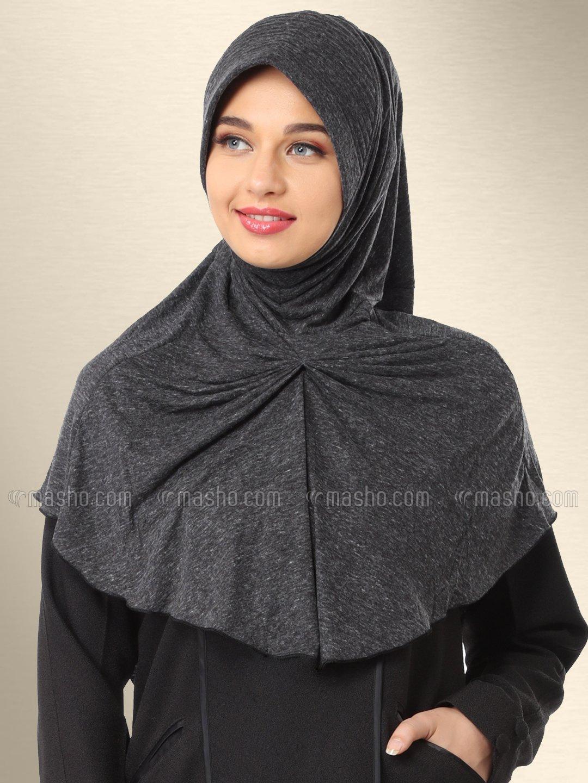 Azeeza Ready to wear modest hijab In Black