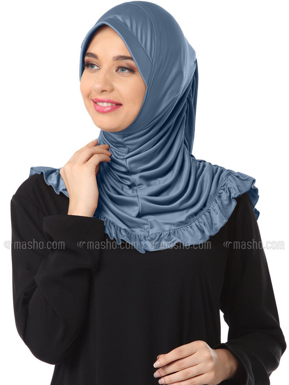 Zareen Hijab In Grey