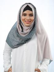 100% Polyster Double Shaded Stole With Polka Dots In Light Grey And Light Dusty Rose