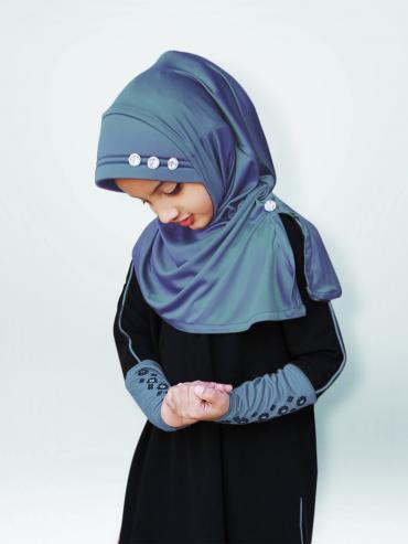 Little Riya Soft Knitted Icra Fabric Hijab In Grey