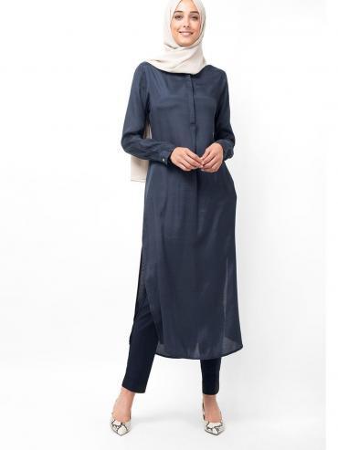 100% Viscose Shantoon Midi Dress With Knife Pleat In Navy
