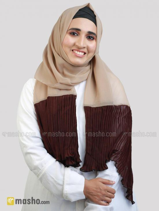Polyster Stole With Two Side Frill In Beige And Coffee