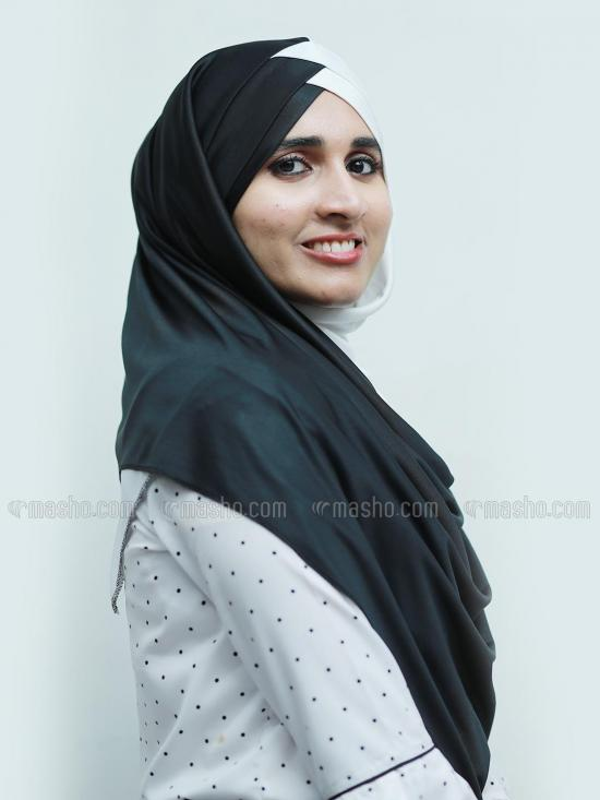 Soft Knitted Lycra Turban Style Double Shade Instant Hijab In Black And White