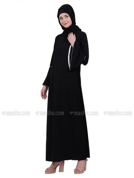 Nida Matte A Line Abaya With Bell Sleeves In Black