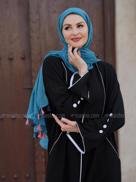 Korean Masha Crepe Free Size Abaya With Piping  And Two Side Pockets At Front With Show Button On Sleeve In Black