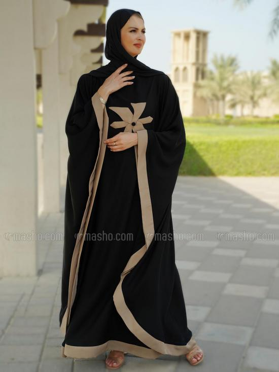 Nida Matte Simple Free Size Kaftan With Beige Band And Floral Work In Black